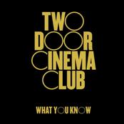 TWO DOOR CINEMA CLUB sur Cannes Radio