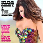 SELENA GOMEZ sur Sweet FM