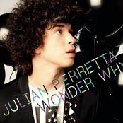 JULIAN PERRETTA sur Sweet FM